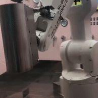 특이점이 온 로봇팔.gif