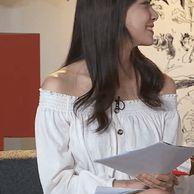 다리 꼰 msi 김민아 아나운서