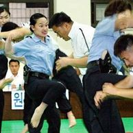 Real 여자 경찰관