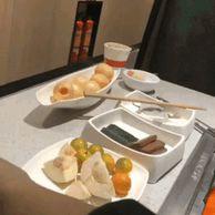 혼밥족을 배려하는 식당
