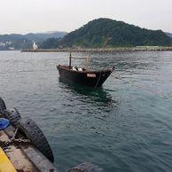 삼척항에 나타난 북한 선박 크기