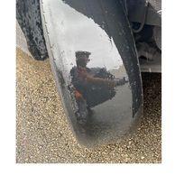 타이어 강매하는 업자