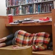 도서관 민폐녀